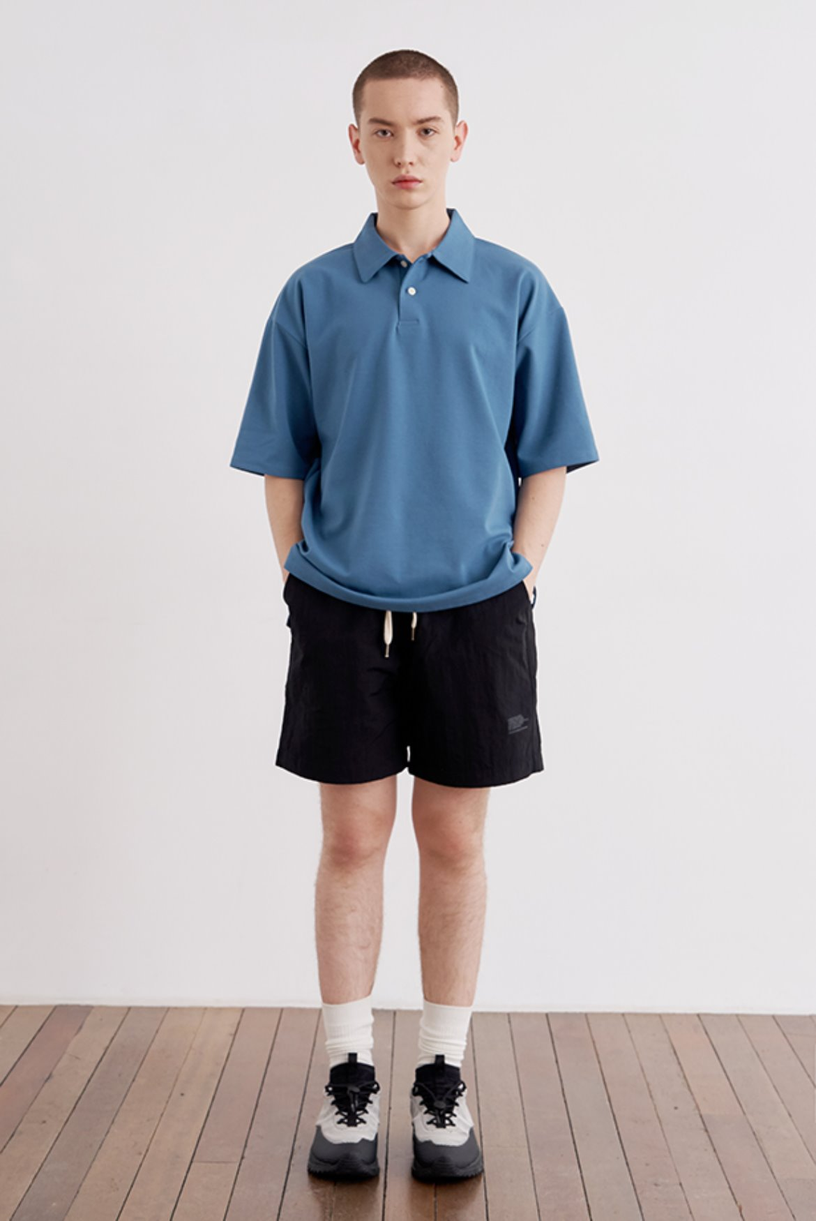 Minimal Print Nylon Shorts [Black]